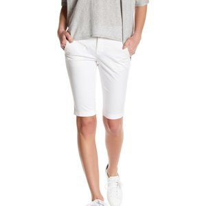 Vince 4 Side Buckle Bermuda Shorts Above Knee